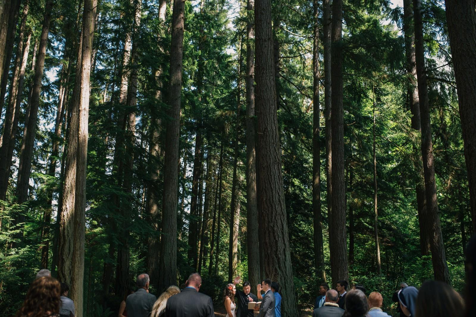 seattle-wedding-photographers-kitsap-memorial-state-park-wedding-25